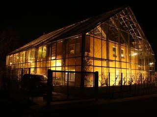 Haus im Glashaus, Nettetal Ausgefallene Häuser von Klaus Schmitz-Becker Architekt Ausgefallen