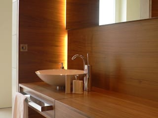 Bathroom by innenarchitektur-rathke, Classic