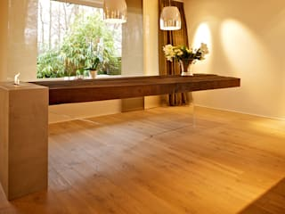 """""""flying table""""  -  by Helm Design:   von Ihr Schreinermeister GmbH"""