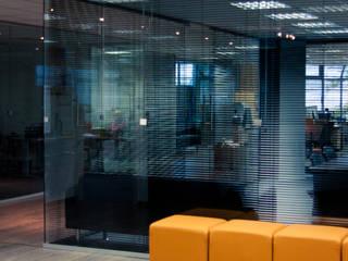 Дизайн интерьера офиса, г.Москва:  в . Автор – Архитектурная мастерская Н. Тумановой