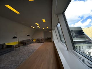 RPU: Dachgeschoss- Umbau/ Konferenzräume a-base I büro für architektur Klassische Wohnzimmer