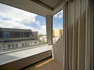 RPU: Dachgeschoss- Umbau/ Konferenzräume a-base I büro für architektur Klassische Arbeitszimmer