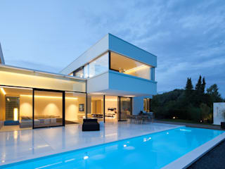 Modern pool by HI-MACS® Modern