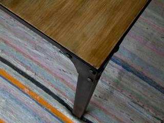 Mesa:  de estilo  de Noé Metal Design