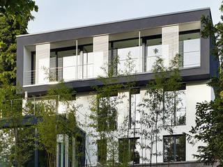Villa am Kurpark Moderne Häuser von A-Z Architekten Modern