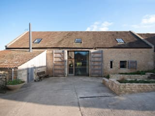 Court Farm Barn Rumah Gaya Rustic Oleh Designscape Architects Ltd Rustic