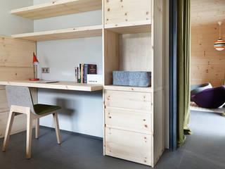 El continente y el contenido Dormitorios infantiles de estilo escandinavo de Coblonal Arquitectura Escandinavo