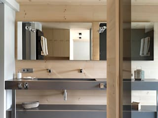 Coblonal Arquitectura Scandinavian style bathrooms