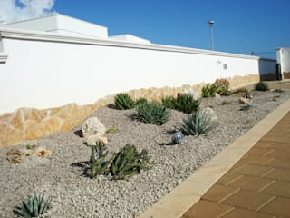 Au dehors Studio. Architettura del Paesaggio Mediterranean style garden