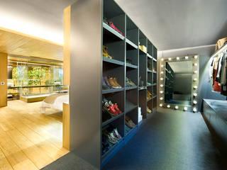 Dressing room by Egue y Seta