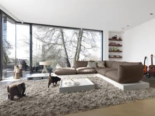 Salas / recibidores de estilo  por COR Sitzmöbel Helmut Lübke GmbH & Co. KG