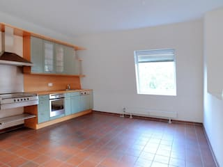 Cucina in stile in stile Rustico di WELLHAUSEN Immobilien Styling