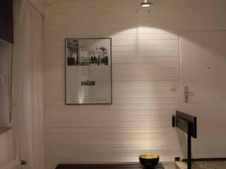 Modern Living Room by Holzer & Friedrich GbR Modern