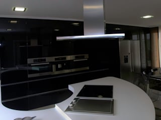 Reforma cocina Volare: Cocinas de estilo  de Cocinas Ricardo