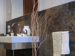 Baños: ideas, imágenes y decoración de Arcostudios