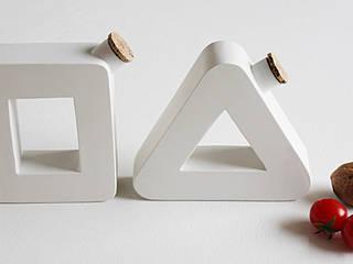 不拘一格  by Mehdi Pour design studio, 隨意取材風