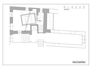 Hanging House: Soggiorno in stile  di Fabio Barilari Architetti