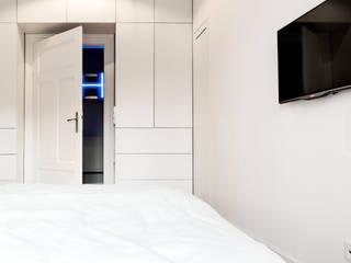 غرفة نوم تنفيذ BESPOKE GmbH // Interior Design & Production