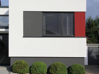 by Architekturbüro HOFFMANN Modern