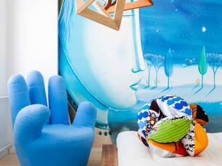 Scandinavian style living room by Maurizio Giovannoni Studio Scandinavian