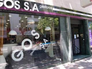 Oficinas Gos S.A. Oficinas y tiendas de estilo moderno de FrAncisco SilvÁn - Arquitectura de Interior Moderno