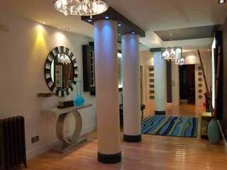 Vivienda en Segovia Pasillos, vestíbulos y escaleras de estilo moderno de FrAncisco SilvÁn - Arquitectura de Interior Moderno