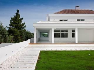 Projekty,  Domy zaprojektowane przez Bernadó Luxury Houses