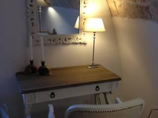 Projekty,  Sypialnia zaprojektowane przez Atmosfere d'interni