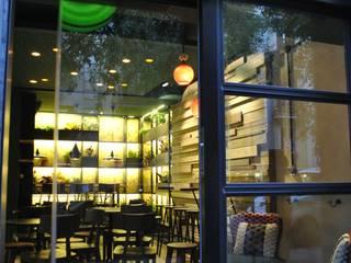 FACHADA RESTAURANTE BITTE: Bares y Clubs de estilo  de m2 STUDIO