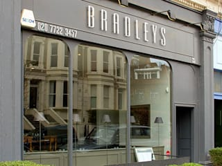 Bradley's Restaurant:  Gastronomy by Living in Space