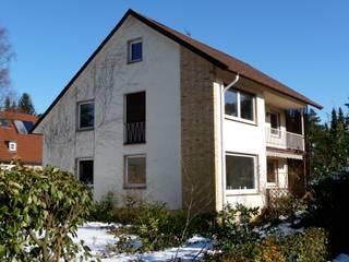 Komplett-Umbauplanung / Aus einem Zweifamilienhaus wird ein Einfamilienhaus:  Häuser von GÄ.PlanT
