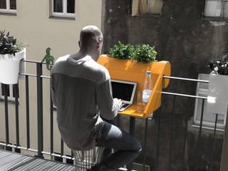 balKonzept Balkontisch + Balkonkasten:  Garten von studio michael hilgers