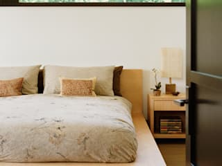Malibu (Los Angeles) Modern style bedroom by Lewis & Co Modern