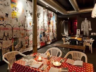 Salas de jantar  por BFGF DESIGN STUDIOS