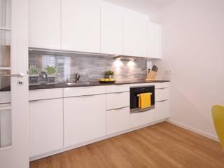 Home Staging Cornelia Reichel:  tarz Koridor ve Hol