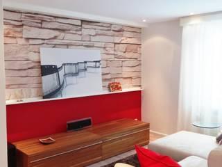 Wohnzimmer mit Heimkino Moderne Wohnzimmer von Interiordesign - Susane Schreiber-Beckmann gestaltet Räume. Modern