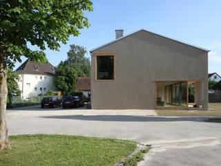architekturbüro axel baudendistel Rumah Modern