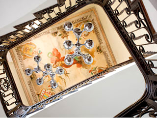 Vicalhome: Pasillos y vestíbulos de estilo  de Quino Prades