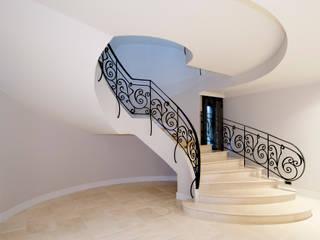 Villa de 1.200m2 en Barcelona: Pasillos y vestíbulos de estilo  de Sara Folch Interior Designer