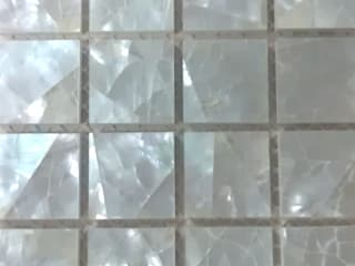 White Lip Crackle Mother of Pearl Mesh-Joint tile ShellShock Designs Murs & SolsCarrelage