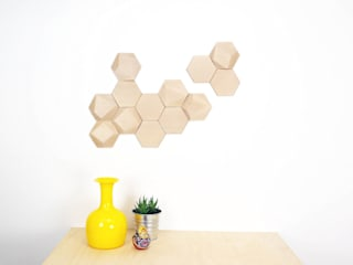 Bee Apis, wooden tiles for wall decor Monoculo Design Studio ArtworkOther artistic objects