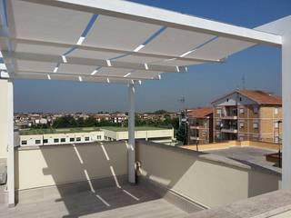 RicreArt - Italmaxitetto Modern balcony, veranda & terrace