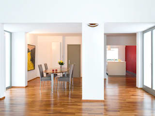 Dining room by and8 Architekten Aisslinger + Bracht, Modern