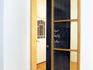 Sliding doors by and8 Architekten Aisslinger + Bracht
