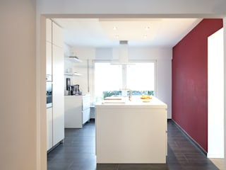 Kitchen by and8 Architekten Aisslinger + Bracht, Modern