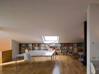 Estudios y oficinas de estilo  por Estudi Agustí Costa