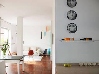 MOROZZO APARTMENT Soggiorno moderno di FTA Filippo Taidelli Architetto Moderno