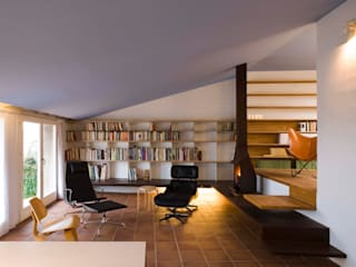 Estudi Agustí Costa Modern Study Room and Home Office