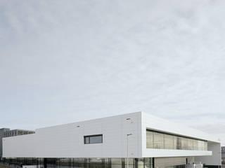 Logistikzentrum:   von Gellink + Schwämmlein Architekten