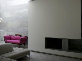 Moderne Wohnzimmer von kuluridis Modern